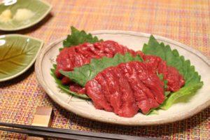 芸能人御用達!御殿場「山崎精肉店」の馬刺しを食べてみた。(静岡県/御殿場市)